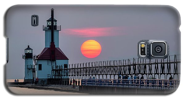 Galaxy S5 Case featuring the photograph St. Joseph Lighthouse At Sunset by Adam Romanowicz