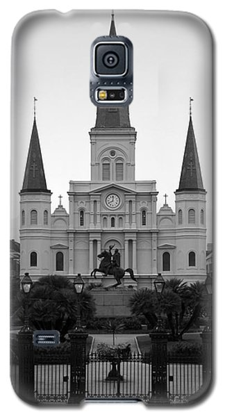 St Louis Cathedral On Jackson Square In The French Quarter New Orleans Black And White Galaxy S5 Case by Shawn O'Brien