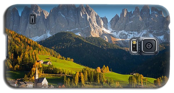 St. Magdalena Alpine Village In Autumn Galaxy S5 Case