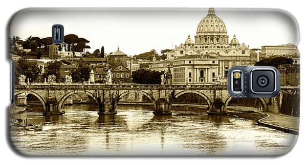 Galaxy S5 Case featuring the photograph St. Peters Basilica by Mircea Costina Photography