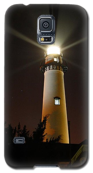 Galaxy S5 Case featuring the photograph St Simons Island Lighthouse by Kathryn Meyer