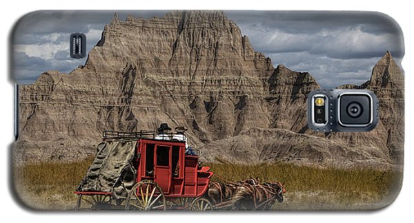 Stage Coach In The Badlands Galaxy S5 Case by Randall Nyhof