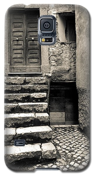 Stairway To The Past Galaxy S5 Case by Emanuel Tanjala