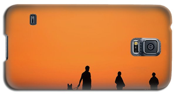 Standing At Sunset Galaxy S5 Case