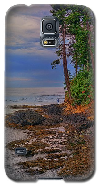 Standing By The Sea Galaxy S5 Case
