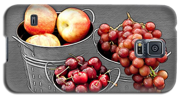Galaxy S5 Case featuring the photograph Standing Out As Fruit by Sherry Hallemeier