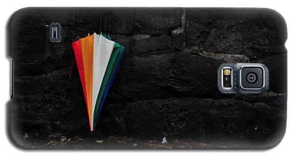 Standing Umbrella Galaxy S5 Case