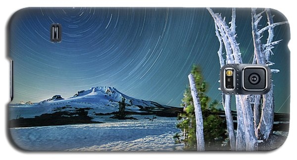 Star Trails Over Mt. Hood Galaxy S5 Case