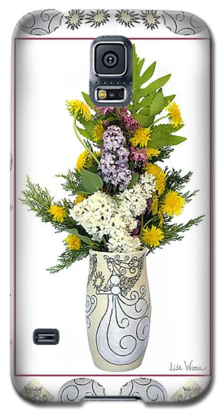 Galaxy S5 Case featuring the photograph Star Vase With A Bouquet From Heaven by Lise Winne