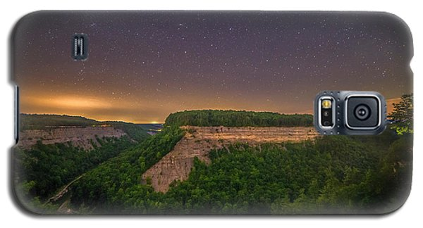 Galaxy S5 Case featuring the photograph Stars Over Great Bend by Mark Papke