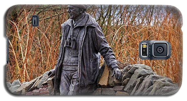 Galaxy S5 Case featuring the photograph Statue Of Tom Weir by Jeremy Lavender Photography