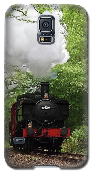 Steam Train Approaching In The Forest Galaxy S5 Case by Gill Billington