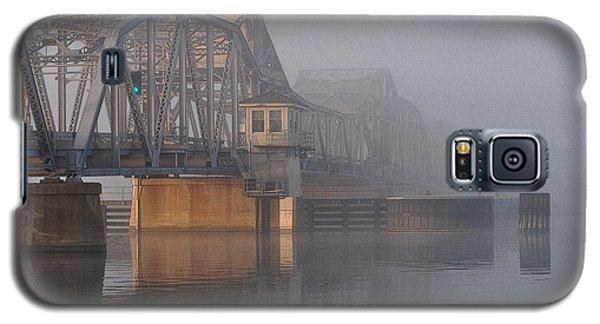 Steel Bridge In Fog Galaxy S5 Case