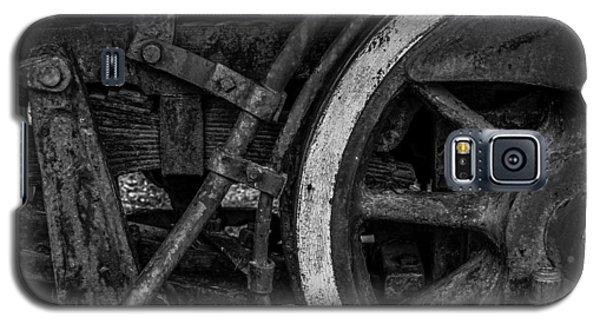 Steel Wheels In Monochrome Galaxy S5 Case