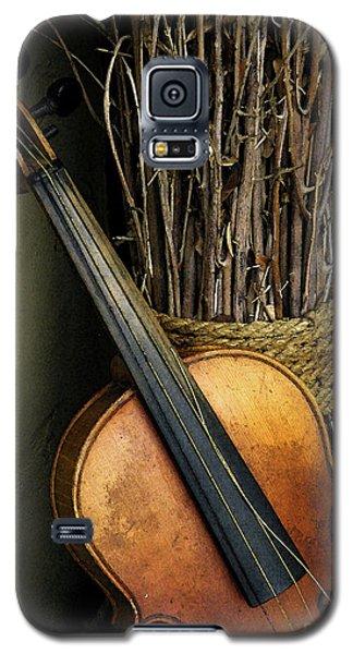 Sticks And Strings Galaxy S5 Case by Joe Jake Pratt