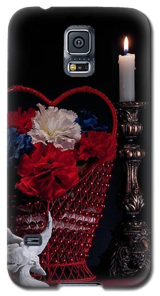 Still Life With Lovebirds Galaxy S5 Case by Tom Mc Nemar