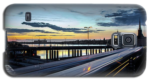 Galaxy S5 Case featuring the photograph Stockholm Night - Slussen by Nicklas Gustafsson