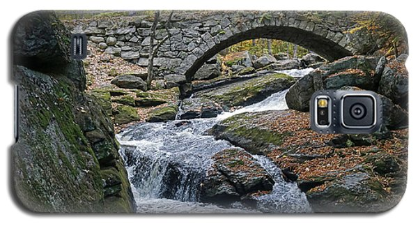Stone Arch Bridge In Autumn Galaxy S5 Case