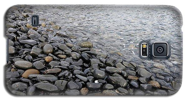 Galaxy S5 Case featuring the photograph Menorca Pebble Beach  by Pedro Cardona