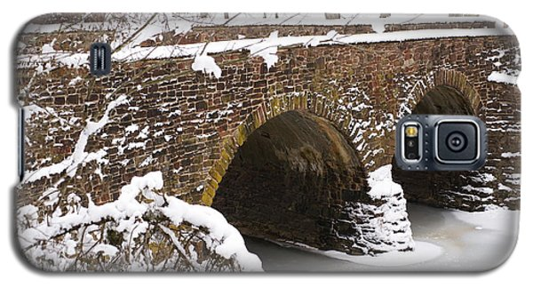 Galaxy S5 Case featuring the photograph Stone Bridge At Bullrun Virginia by Heidi Poulin