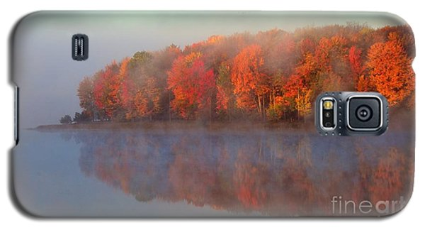 Stoneledge Lake Pristine Beauty In The Fog Galaxy S5 Case