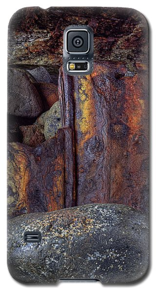 Galaxy S5 Case featuring the photograph Rusted Stones 2 by Steve Siri