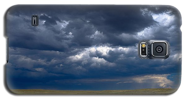 Galaxy S5 Case featuring the photograph Storm Clouds To The East by Monte Stevens