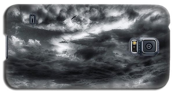 Galaxy S5 Case featuring the photograph Storm Clouds Ventura Ca Pier by John A Rodriguez