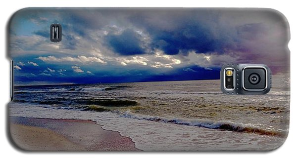 Galaxy S5 Case featuring the photograph Storm Clouds by Vicky Tarcau