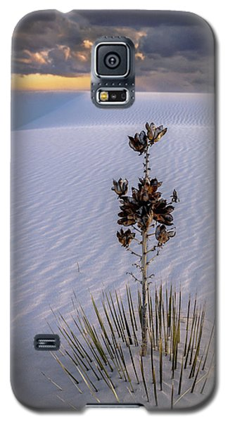Storm Light At White Sands Galaxy S5 Case