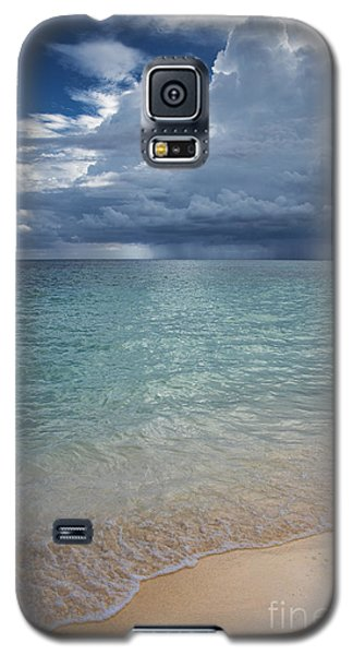Galaxy S5 Case featuring the photograph Storm Over The Caribbean Sea by Yuri Santin