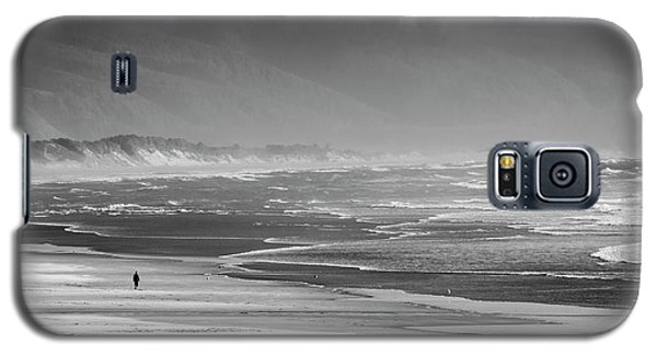 Stormy Oceanside Oregon Galaxy S5 Case by Amyn Nasser