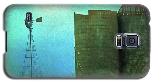 Stormy Old Silos And Windmill Galaxy S5 Case