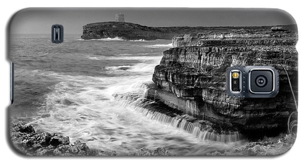 Galaxy S5 Case featuring the photograph stormy sea - Slow waves in a rocky coast black and white photo by pedro cardona by Pedro Cardona