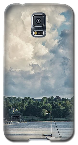 Stormy Sunday Morning On The Navesink River Galaxy S5 Case by Gary Slawsky