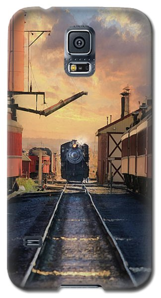 Galaxy S5 Case featuring the photograph Strasburg Railroad Station by Lori Deiter