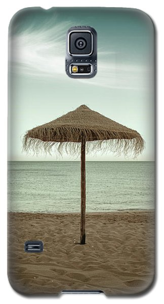 Galaxy S5 Case featuring the photograph Straw Shader by Carlos Caetano