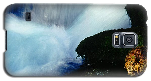 Galaxy S5 Case featuring the photograph Stream 5 by Dubi Roman