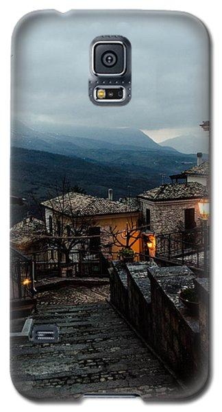 Streets Of Italy - Caramanico 3 Galaxy S5 Case by Andrea Mazzocchetti