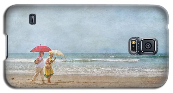 Galaxy S5 Case featuring the photograph Strolling On The Beach by David Zanzinger