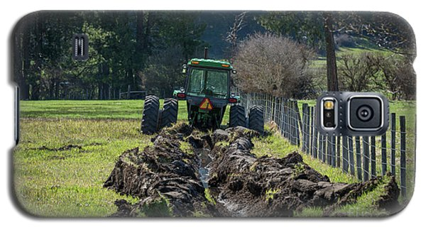 Stuck In The Muck Agriculture Art By Kaylyn Franks Galaxy S5 Case