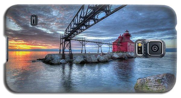 Sturgeon Bay Lighthouse Sunrise Galaxy S5 Case