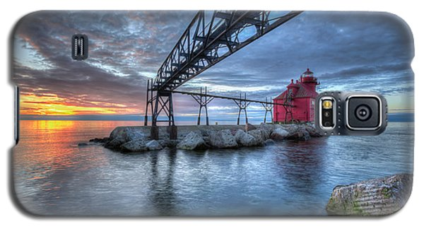 Sturgeon Bay Lighthouse Sunrise Galaxy S5 Case