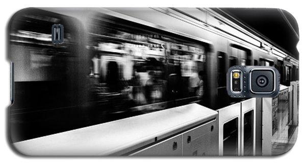 Galaxy S5 Case featuring the photograph Subway by Hayato Matsumoto