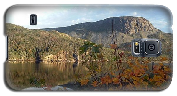 Sugarloaf Hill In Autumn Galaxy S5 Case by Barbara Griffin