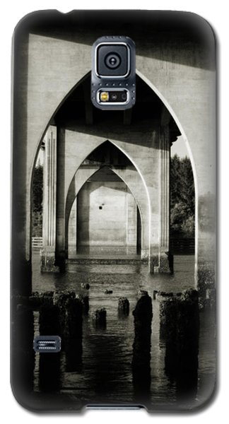 Suislaw River Bridge In Florence Oregon Galaxy S5 Case