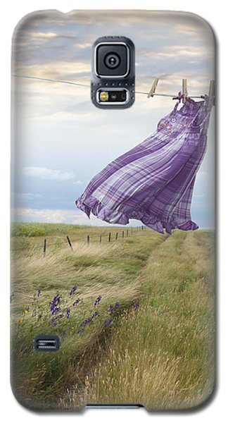 Summer Dress Blowing On Clothesline With Girl Walking Down Path Galaxy S5 Case