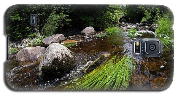 Summer Flow Of Water Near Rangeley Maine  -63322 Galaxy S5 Case