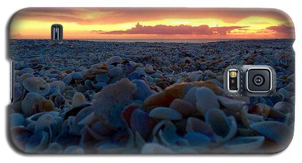 Galaxy S5 Case featuring the photograph Summer Stroll Square by Melanie Moraga