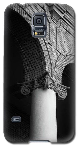 Galaxy S5 Case featuring the photograph Sumter County Courthouse by Richard Rizzo